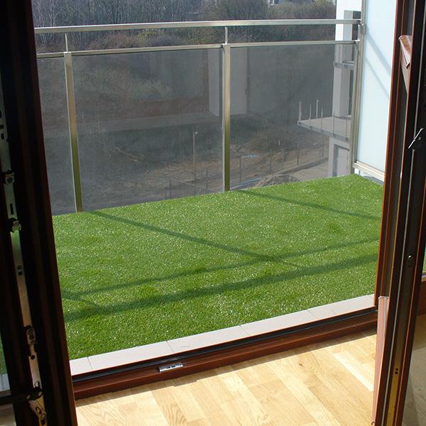 sztuczna trawa na balkon