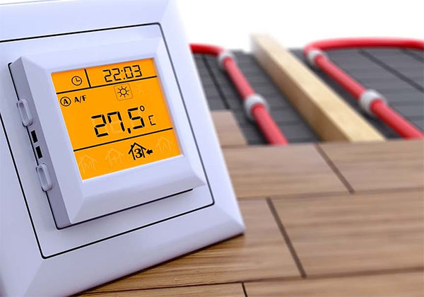 Pomiar wilgotności podłoża pod deski na ogrzewaniu podłogowym